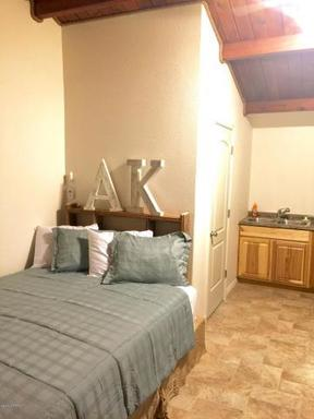 Vacation Rental Nightly Rental: 605 Frontage Road