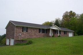 Residential Sold: 172 Oak Hollow Circle