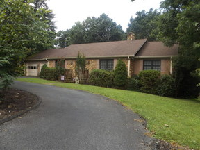 Residential Sold: 207 Robinhood Rd.