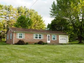 Residential Sold: 19 Kingwood Lane
