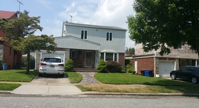 Single Family Home For Sale: 79-08 215 St.