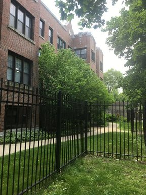 Rental For Rent: 1437 W Sherwin Ave #2