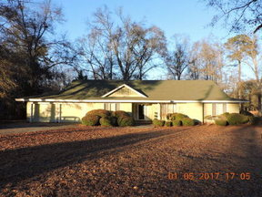 Residential Sold: 140 River Dr