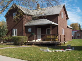 Residential Sold: 326 4th St N