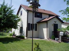 Residential Sold: 605 Center St S
