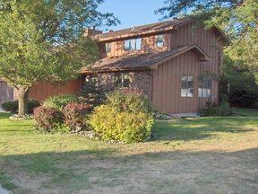 Residential Sold: 916 HEMLOCK CT