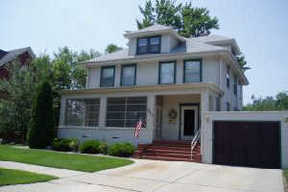 Residential Sold: 211 N 8TH ST