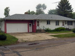 Residential Sold: 107 S.E. 1st St.