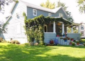 Residential Sold: 102 1st St S