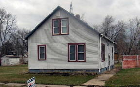 Residential Sold: 203 N 2ND ST
