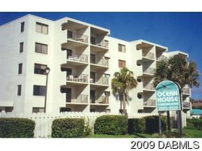 Vacation Rental Rental: 2220 OCEANSHORE BLVD