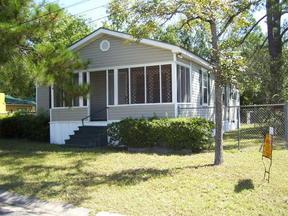 Residential Sold: 409 Bowen Street