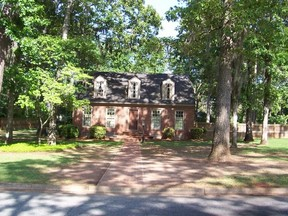 Residential Sold: 2308 DOUBLEGATE DR E