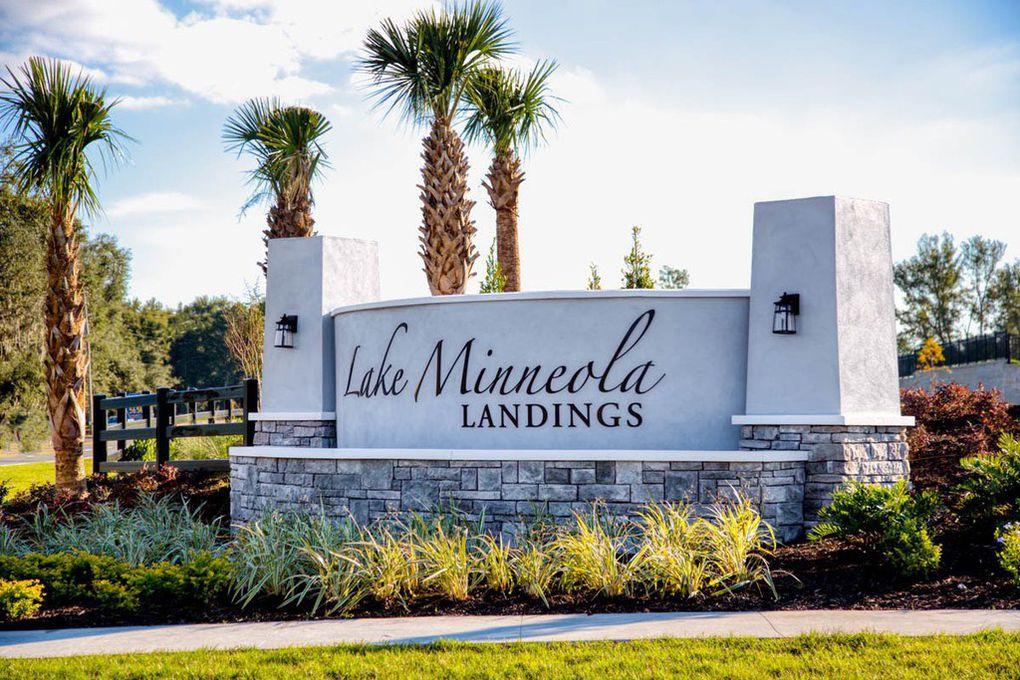 Entrance Monument Sign at Lake Minneola Landings