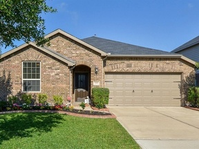 Single Family Home Sold: 219 Silver Ripple Dr