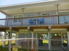 Single Family Home Sold: 3922 San Jacinto Dr