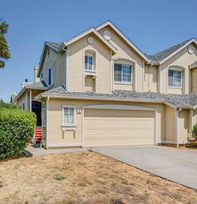 Single Family Home Sold: 369 Flagstone Cir