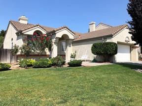 Single Family Home Sold: 320 Dodini Ct