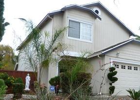 Single Family Home Sold: 1020 Pueblo Ct