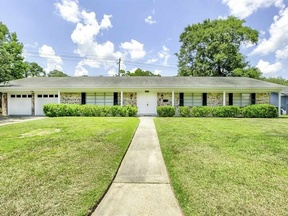 Single Family Home Sold: 5390 Swallow Dr