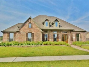 Single Family Home Sold: 2615 Weatherstone Cir