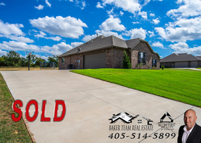 Single Family Home Sold: 186 Oakridge Dr