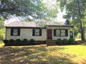 Single Family Home Sold: 104 Carla Ct