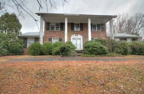 Single Family Home Sold: 900 County Farm Rd