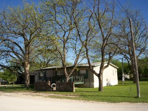 Lots and Land Sold: 301 W Turner Street