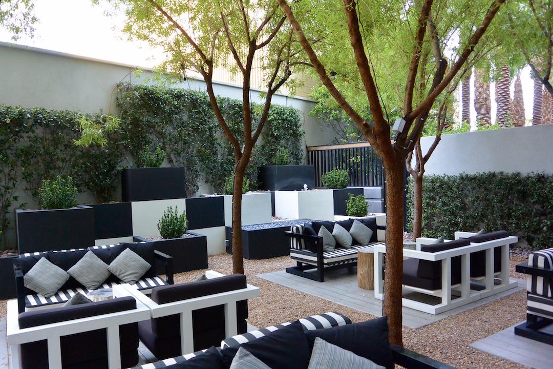 the-martin-patio-las-vegas-hihg-rise-condos