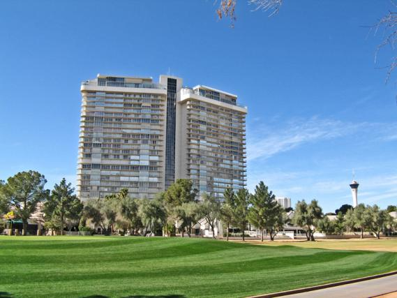 regency-towers-las-vegas-condos