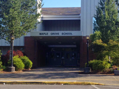 Maple Grove Elementary School (Molalla, Oregon) Homes for Sale