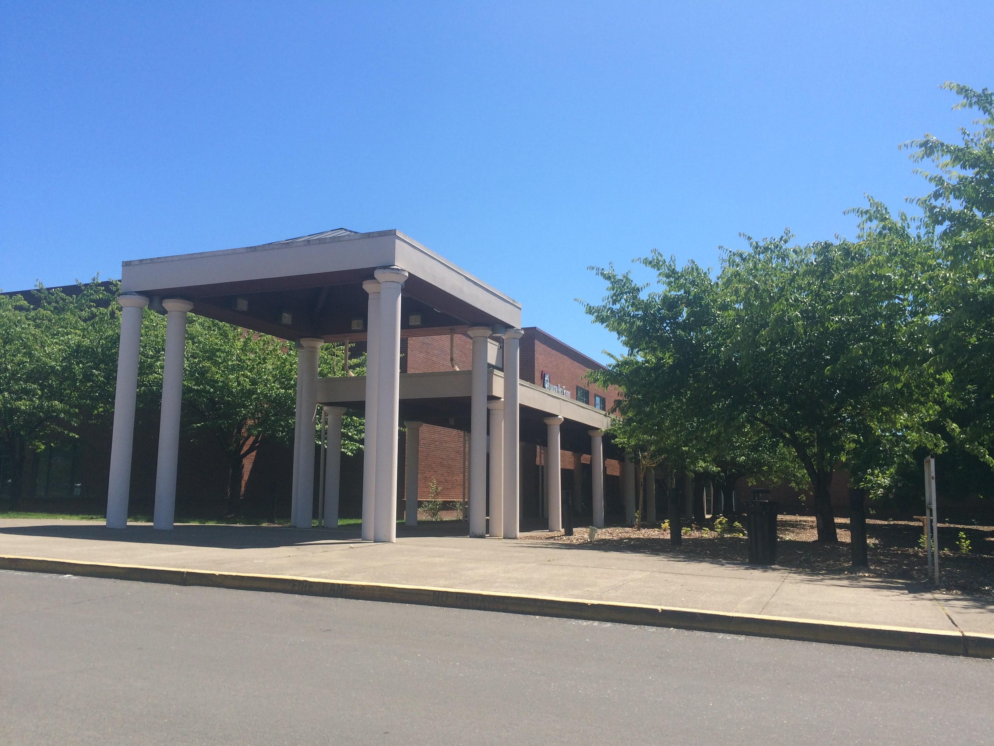 Tualatin High School (Tualatin, Oregon) Homes for Sale
