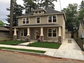 Single Family Home For Sale: 7524 SE Long St