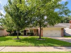 Single Family Home Sold: 10218 Horseshoe Bend Dr