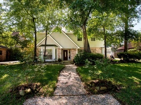 Single Family Home Sold: 5515 Woodville Ln
