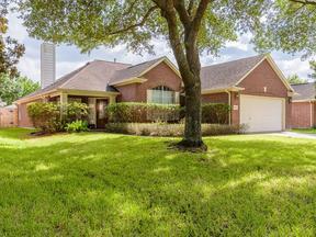 Single Family Home Sold: 10223 Wildwood Park Lane