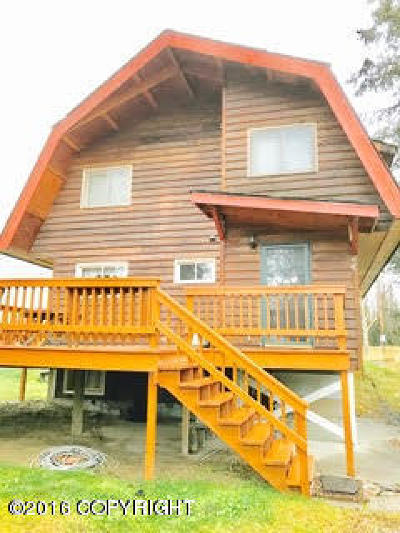 Kenai Single Family Home For Sale: 5743 Kenai Spur Highway