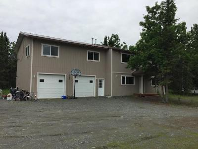 Sterling Multi Family Home For Sale: 35085 Greenwood Court