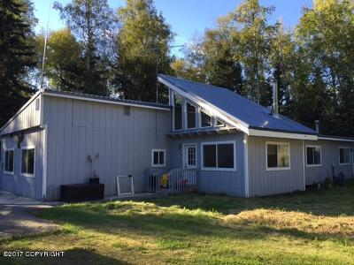 Eagle River AK Single Family Home For Sale: $380,000