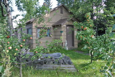 Anchorage Single Family Home For Sale: 805 E 13th Avenue