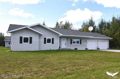 North Pole Single Family Home For Sale: 982 Minuteman Loop