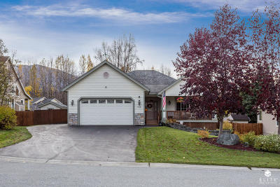 Anchorage Single Family Home For Sale: 17118 Hideaway Ridge Drive