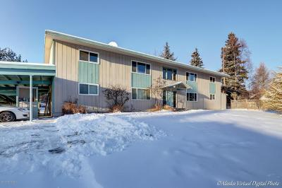 Anchorage Multi Family Home For Sale: 2703 W 32nd Avenue