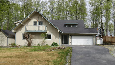 Wasilla Single Family Home For Sale: 6711 W Hemmer