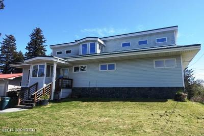 Kodiak Single Family Home For Sale: 1718 Simeonof Street