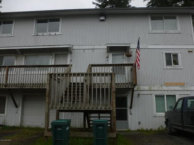 Kodiak AK Single Family Home For Sale: $189,500