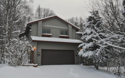 Anchorage Single Family Home For Sale: 7021 Serenity Circle