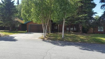Anchorage Single Family Home For Sale: 7500 Huckleberry Circle