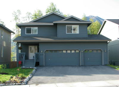 Eagle River Single Family Home For Sale: 20832 Icefall Drive